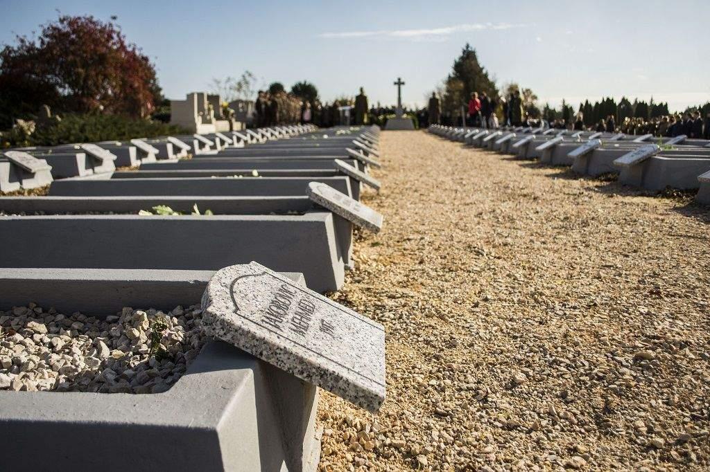 Félegyháza világháborús áldozataira emlékeznek