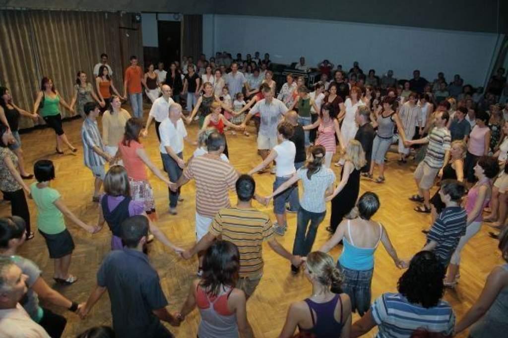 Csűrcsavaró táncház Kunszálláson