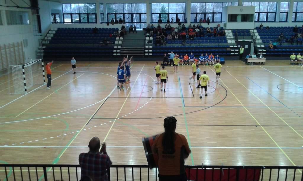 A sportcsarnokban is megállíthatatlan a kézilabdacsapat