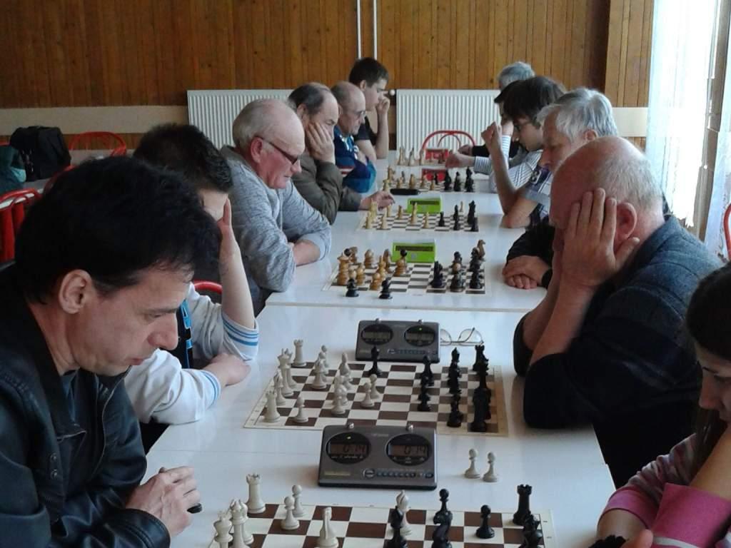Hatvanan ültek asztalhoz a László Jenő Sakk Emlékversenyen