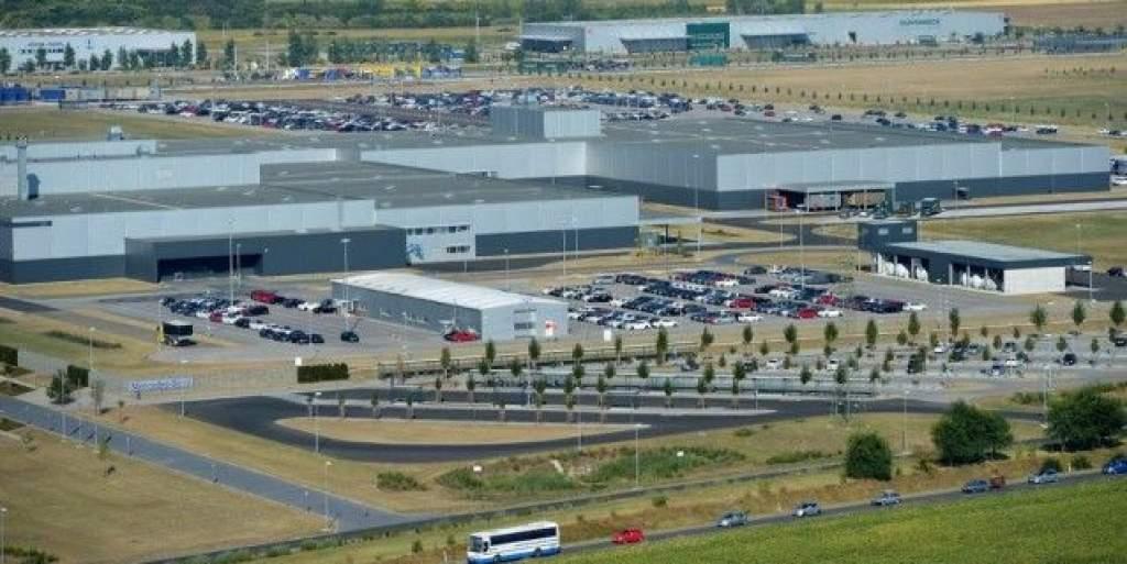 Bővítheti magyar gyárát a Mercedes