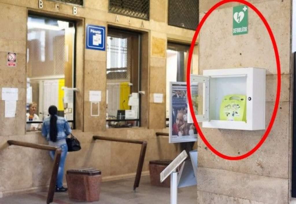 Automata defibrillátor készülék lesz a kecskeméti vasútállomáson