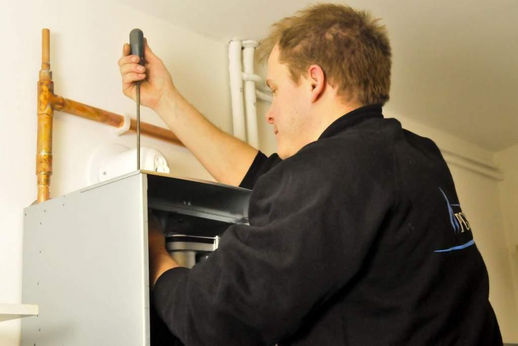 Pályázat gázvezeték- és készülékszerelő munkakör betöltésére