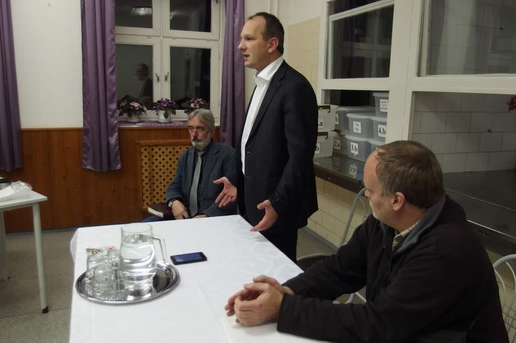 Évértékelő lakossági fórumot tartott Bense Zoltán