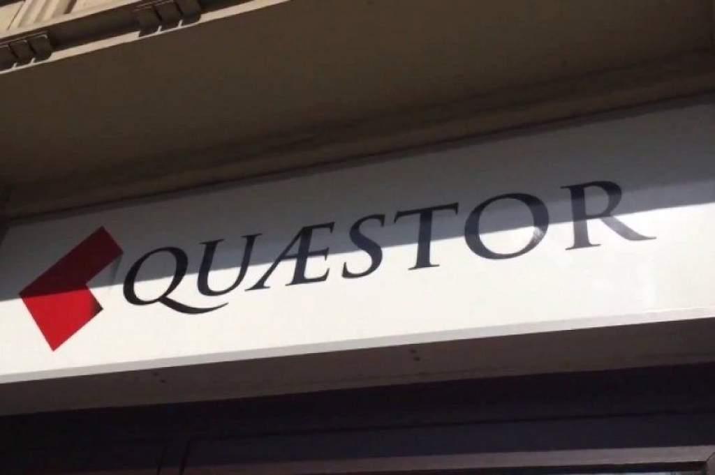 Elfogadták az új Quaestor-törvényt
