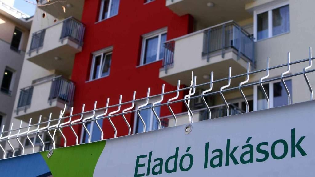 Lakásáfa - jövőre akár tízezer új lakás is elkelhet