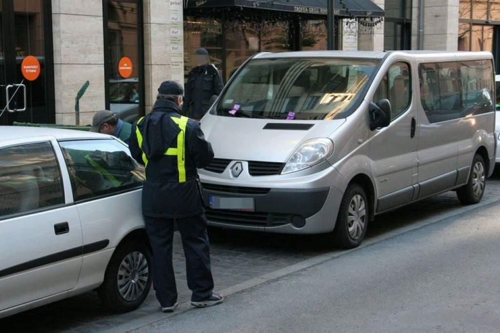 Pályázat parkolóőr munkakör betöltésére