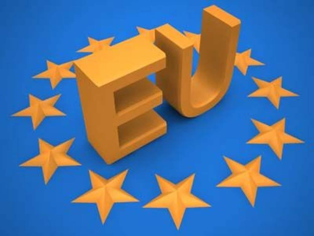 Újabb uniós pályázatok - rengeteg pénz kerülhet a településekhez