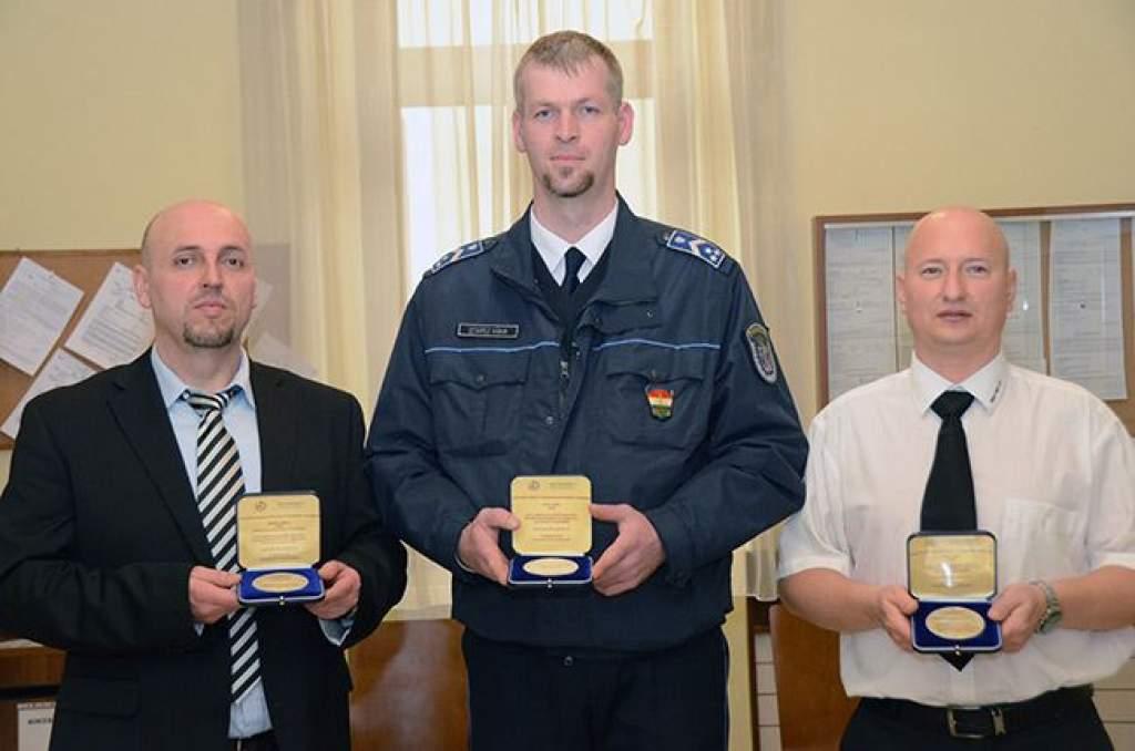 Lövöldözés a bíróságon: kitüntették a hősöket
