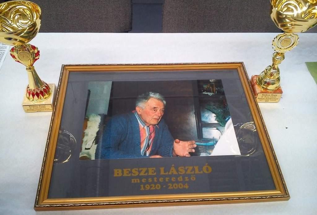 Birkózó Kiskun Kupa, idős Besze László emlékverseny.