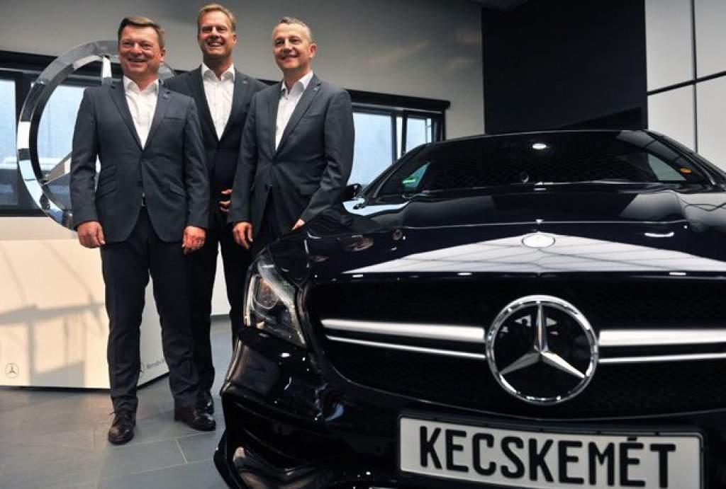 Az Auditól is csábíthat el szakembereket a Mercedes-gyár