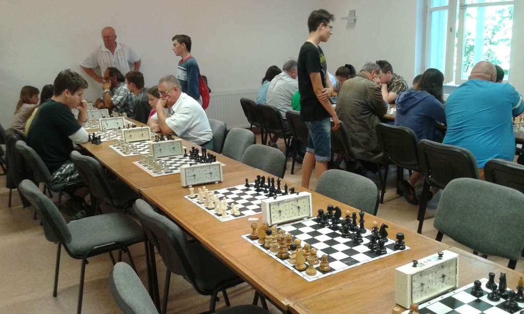 Mozgalmas héten vannak túl a sakkozók