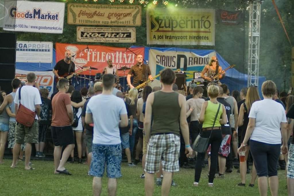 Kulturális fesztivál a zenén is túl