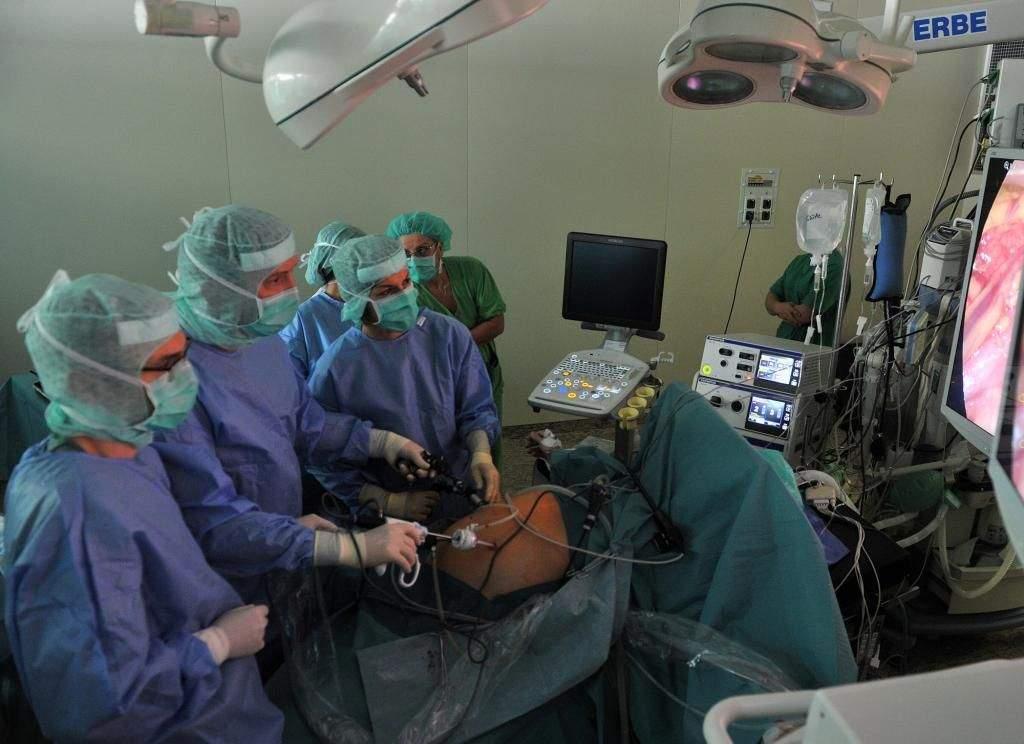 Kecskeméten tanulták a modern műtéti eljárást