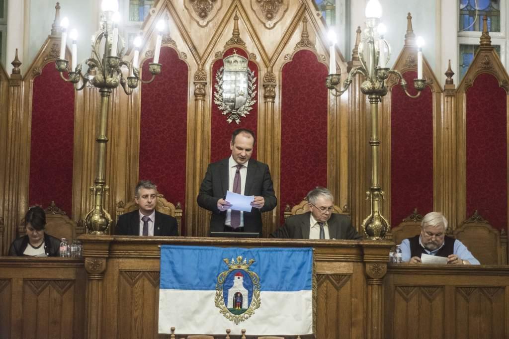 Ülésezett a képviselő-testület - videóval