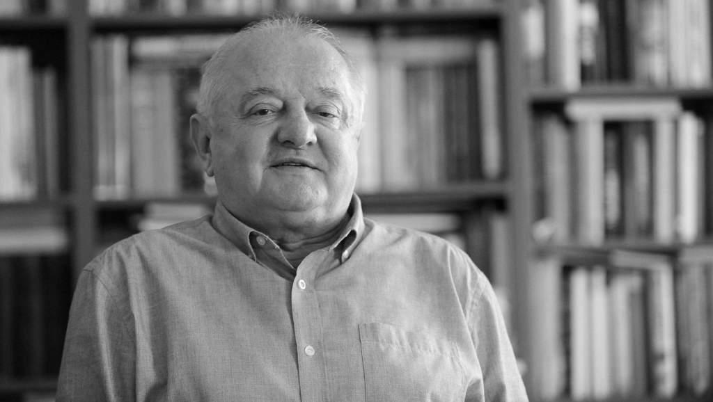 Meghalt Tőkéczki László történész