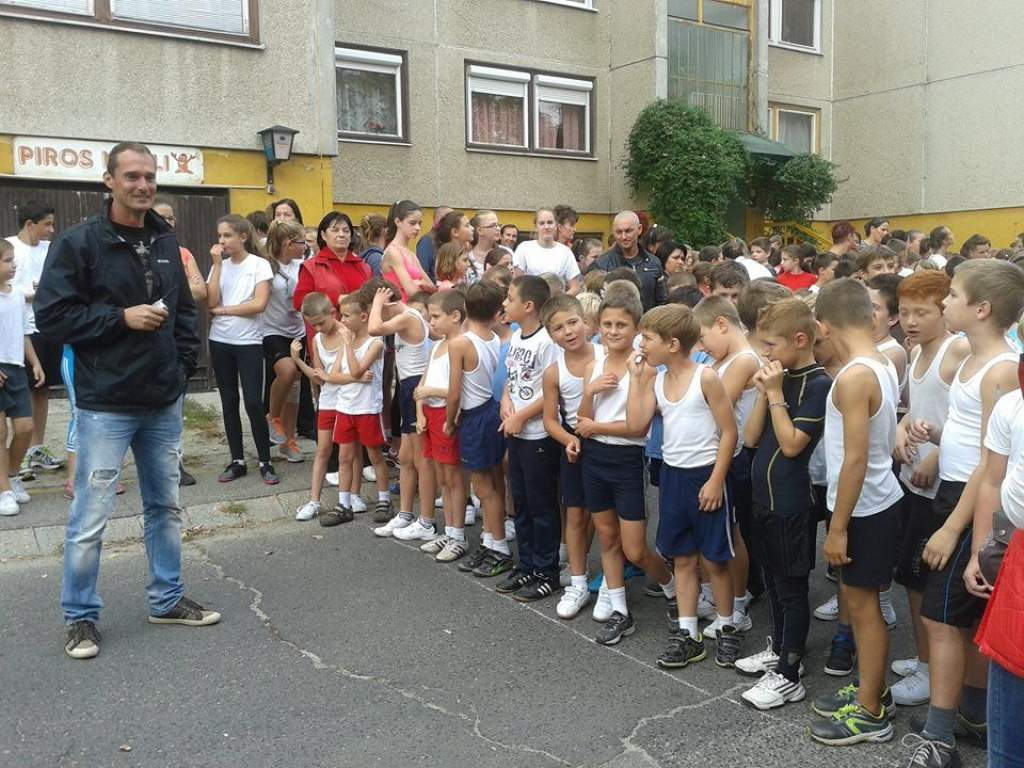 32. alkalommal futottak az iskolások