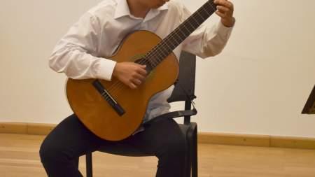 Hattyúkerti zenés esték a Petőfi Sándor Városi Könyvtárban