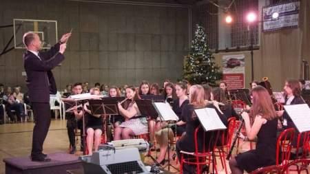 Karácsonyi fúvószenekari hangverseny
