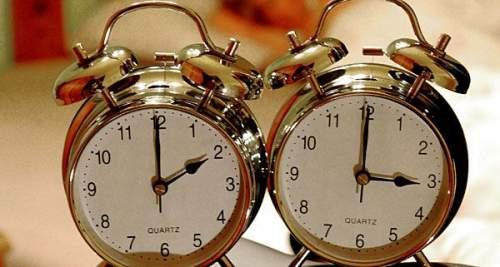 Vasárnap hajnalban kezdődik a nyári időszámítás