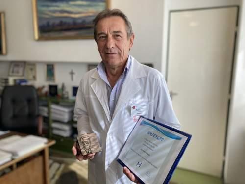 Dr. Svébis Mihály főigazgató kapta aMagyar Kórházszövetség életműdíját