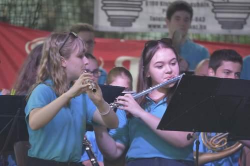 A Kiskunfélegyházi Ifjúsági Fúvószenekar a Béke-Tér-Zene következő fellépője